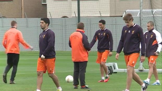 Foot Transfert, Mercato Transferts - Higuain ou Suarez � Arsenal ?