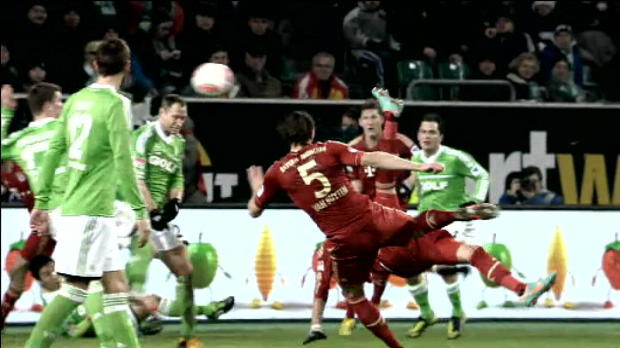 Bundesliga - 22�me journ�e, Le retourn� acrobatique de Mandzukic