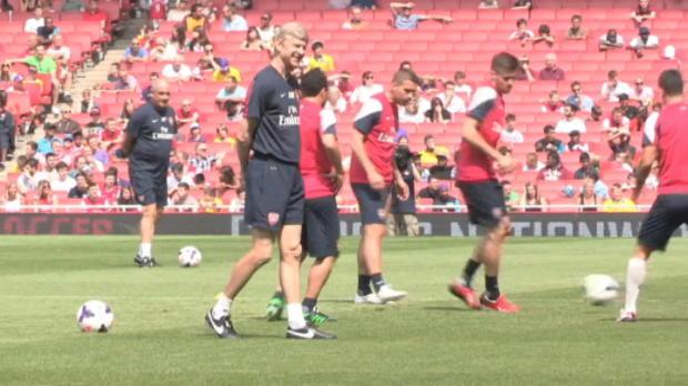 Foot Transfert, Mercato Transferts - Wenger �voque le mercato