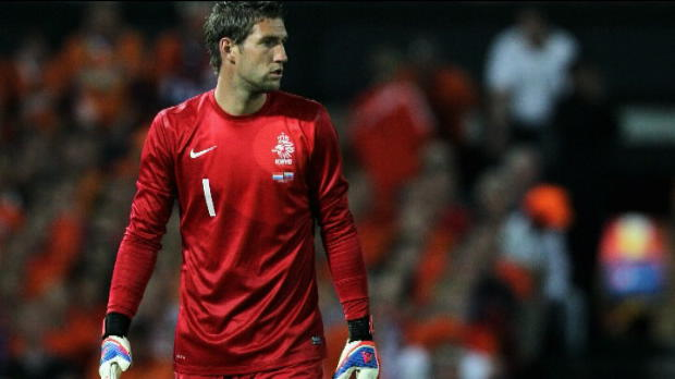 Foot Transfert, Mercato P.League - Fulham, Stekelenburg officiellement en Premier League