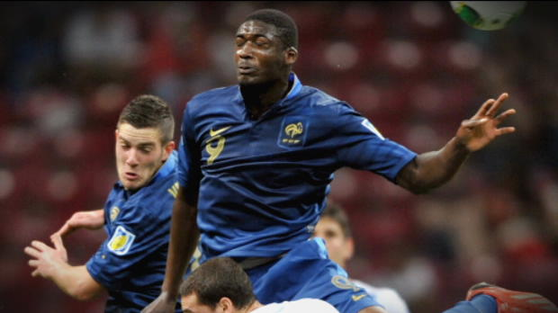 Foot Transfert, Mercato Transferts - Arsenal tente mais ne signe pas
