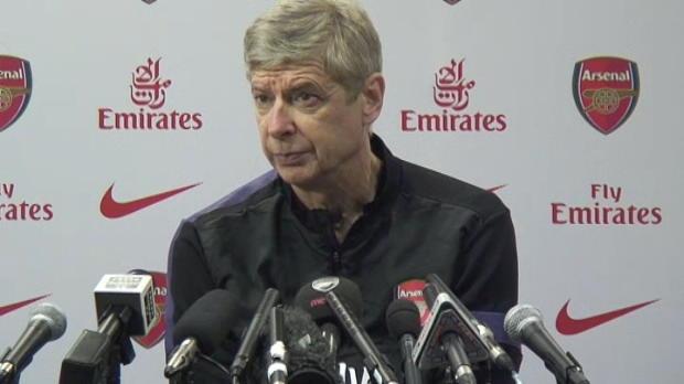 Foot Transfert, Mercato P.League - Arsenal : Wenger d�ment pour Beckham et D. Villa
