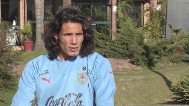 Foot Transfert, Mercato Transferts - Cavani �voque le cas Suarez