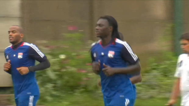 Foot Transfert, Mercato Transferts - Gomis pourrait rester � l'OL