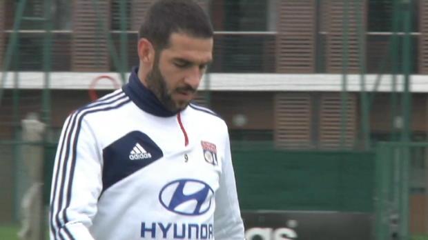 Foot Transfert, Mercato Transferts - OL, Lisandro file � Al-Gharafa