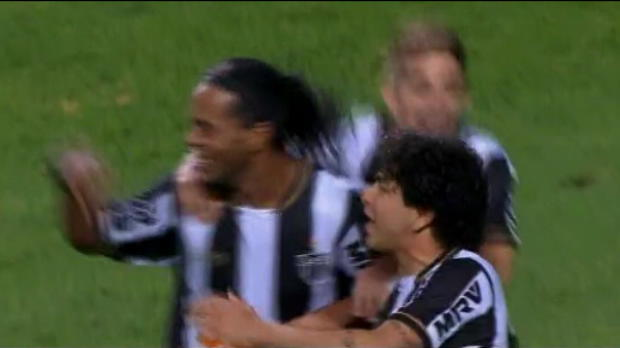Foot Transfert, Mercato Video - Br�sil : Le show Ronaldinho