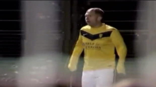 P.League - Le superbe corner direct de Paul Scholes