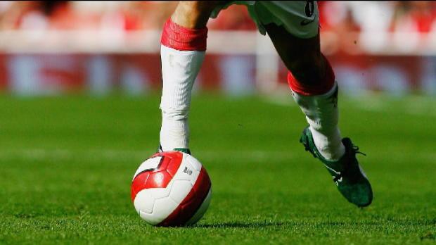 Foot Transfert, Mercato P.League - Arsenal, Wenger et le club jug�s par les anciens