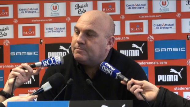 Rennes - Antonetti : 'M'Vila a besoin de se concentrer sur le foot'