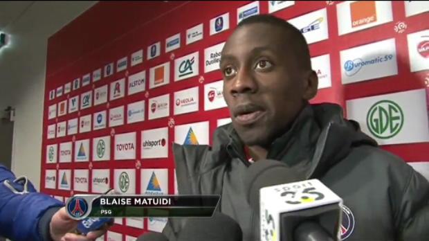 PSG - Matuidi rend hommage � Thiago Motta et Ibra