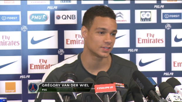 PSG - Van der Wiel : ''Perdre Ancelotti, ce serait triste''